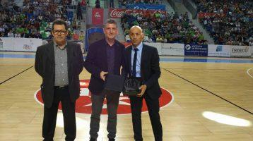 Entrega Premios ANEFS 2016 al mejor club y entrenador revelación